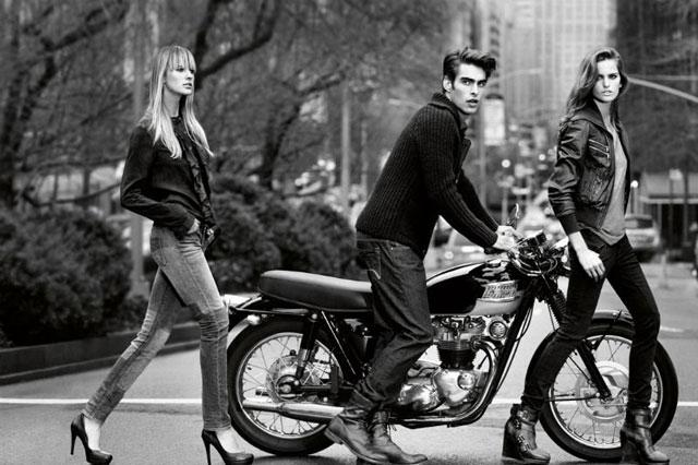Izabel Goulart para linha Jeans da DKNY